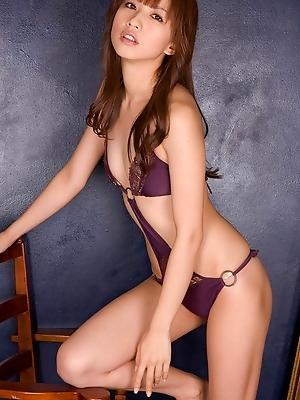 Captivating gravure idol hottie crawls around in her lingerie